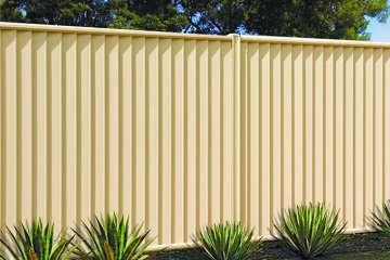 Color Bond Fencing